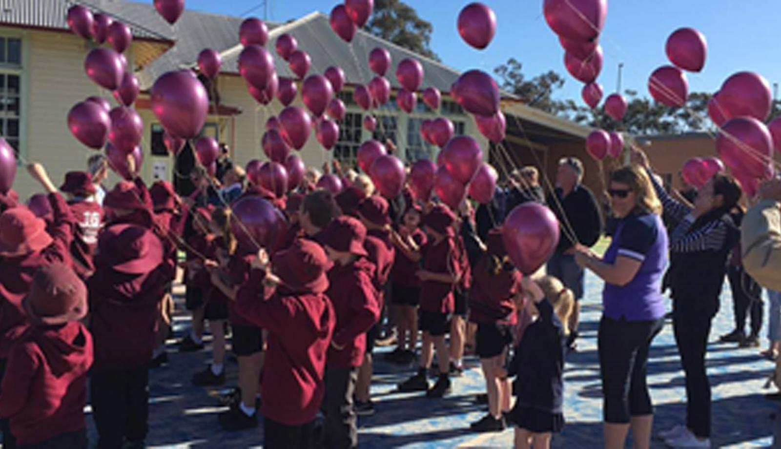 100 balloons for 100 years