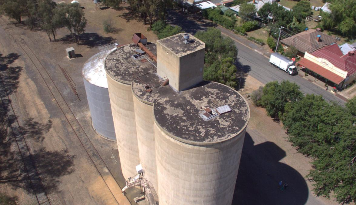 Devenish silo to be painted